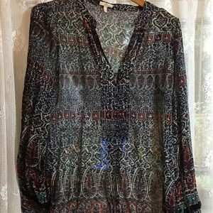 Silk tunic slightly worn